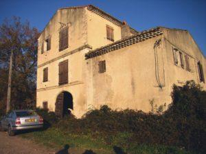 Avignon - Domaine de Roberty - Ferme de la Bézette