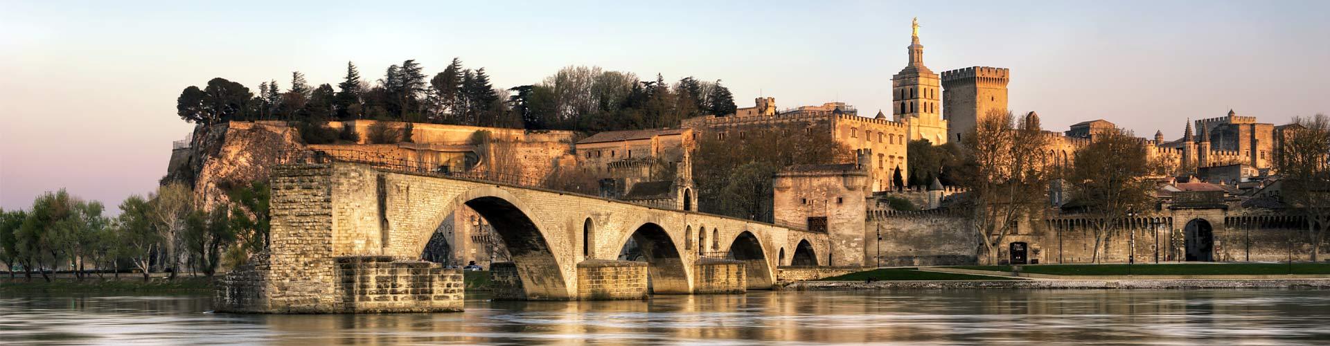 Home Avignon slide