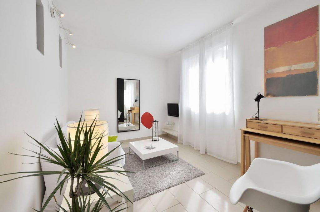 appartement 2 pièces centre-ville Arles